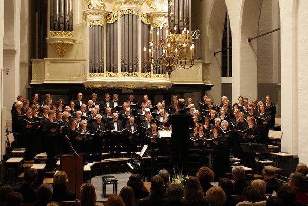 Cantate Deo sluit jubileumjaar af met groot Passie- en Paasconcert